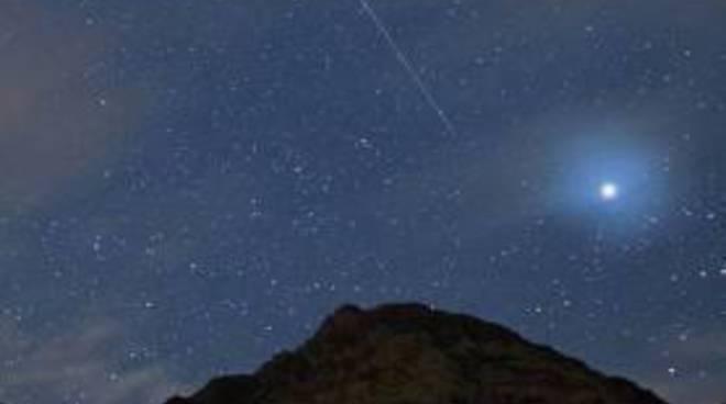 Quadrantidi, stanotte festa di stelle cadenti