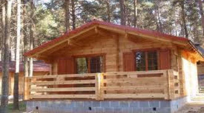 Sequestro 320 bungalow, Vecchioli: «Ma ci fanno o ci sono?»
