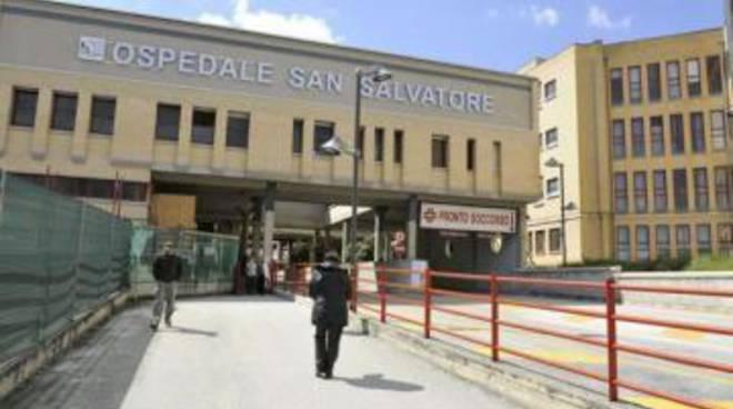 L'Aquila: 'colpi' al San Salvatore, 6 denunce