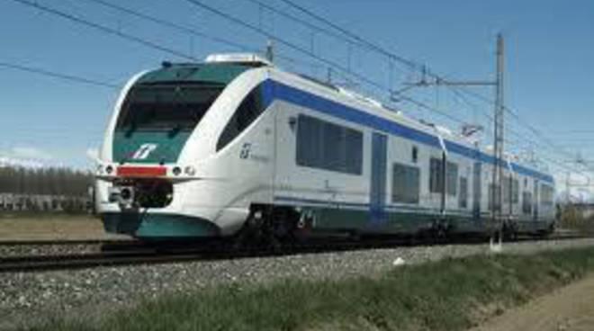 """Abruzzo, trasporti: ferrovie, Federconsumatori presenta il """"Libro nero"""""""
