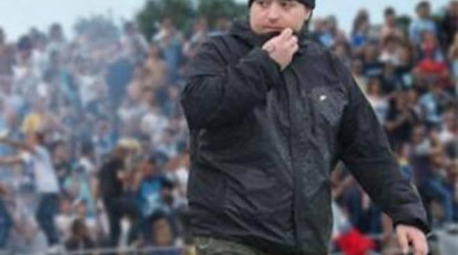 Omicidio Pescara, bara biancazzurra: per ultrà folla all'obitorio