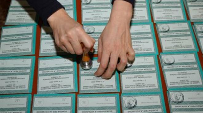 Pdl, al ballottaggio con De Matteis
