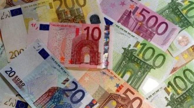 Chiodi, 'giusta l'idea Berlusconi sull'euro'