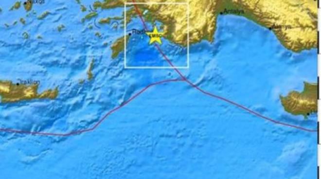 Turchia: forte sisma sul Mediterraneo