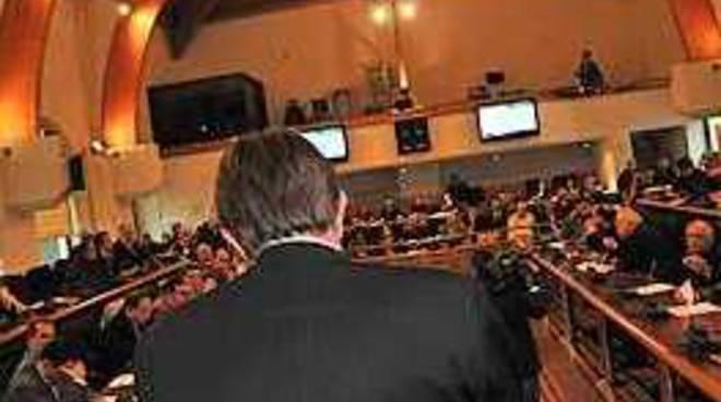 Mancini con mezzo piede in Consiglio