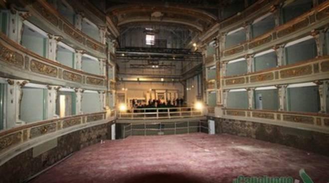 Il teatro comunale tre anni dopo il sisma