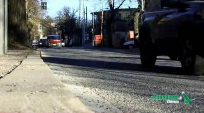 Viale della Croce Rossa chiusa per corteo