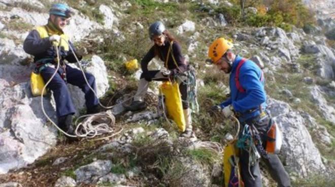 Notizie di istruttori il capoluogo for Nuovo ambiente arredamenti cappelle dei marsi aq aq