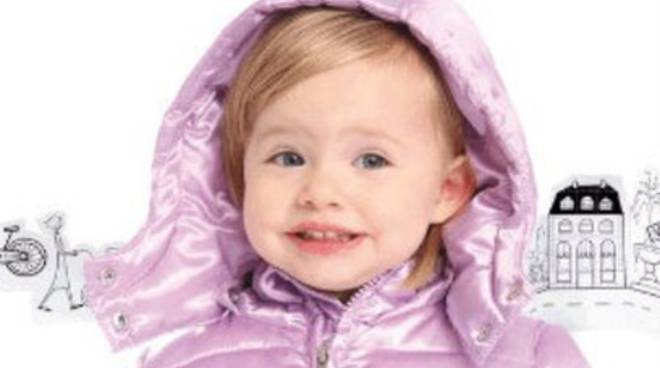 I primi freddi: come vestire il neonato