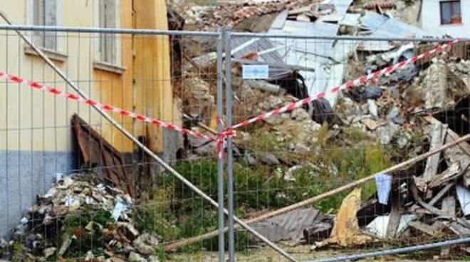 Fossa e Villa Sant'Angelo, ricostruzione più vicina