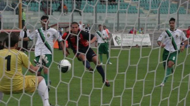 L'Aquila Calcio-Vigor Lamezia, parola ai mister
