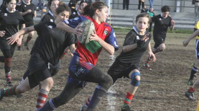 Rugby femminile: L'Aquila soffre ma vince