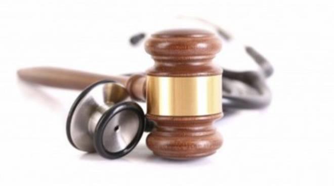 Medici, nuove norme sulla responsabilità professionale