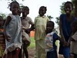 Onlus, Save the Children: 'bimbi adottati a distanza stanno bene'