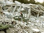 Terremoto, Caldarella: guardia alta