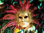 A carnevale l'amore sboccia in maschera