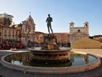 L'Aquila, piazza Duomo si spegne