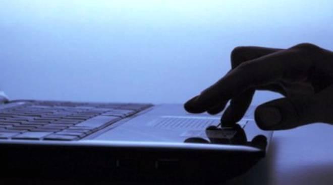 Internet, italiani battono record velocità