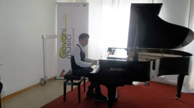 Pianisti aquilani partecipano al concorso 'Giovani musici'