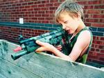 Bimbo di 5 anni uccide la sorellina di 2