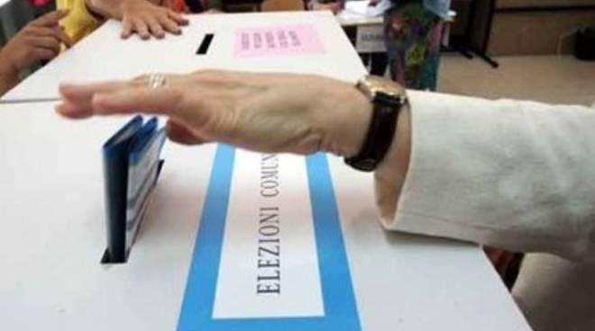 Elezioni Teramo, 4 Comuni vanno al centro destra