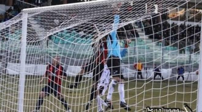 L'Aquila Calcio: contro il Poggibonsi per il terzo posto
