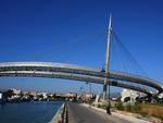Pescara, ponte del Mare 'squarciato'