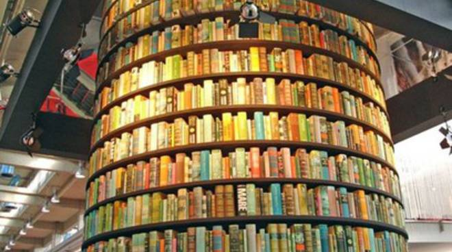 Salone del Libro, Comune manca all'appello