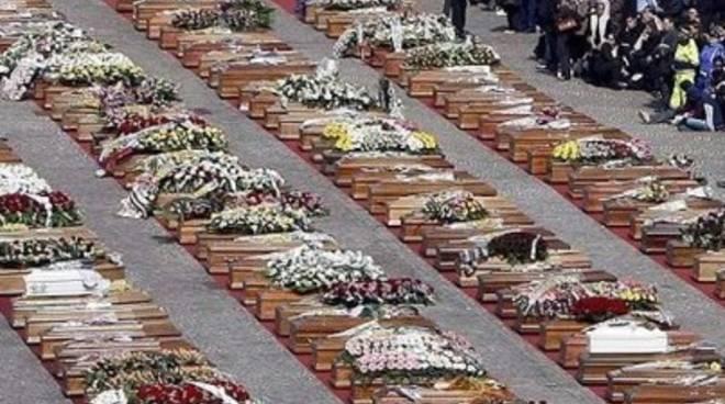 Sisma, funerali solenni: impresa Taffo a giudizio