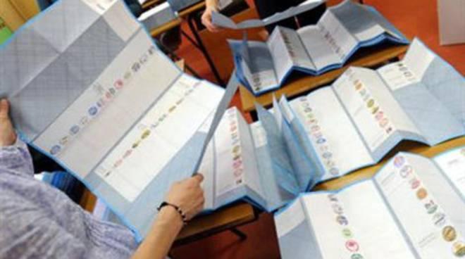 Sulmona, errore nelle schede elettorali