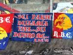 Calcio, il 'benvenuto' dei tifosi teramani