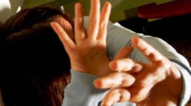 Maltrattamenti in famiglia, arrestato 44enne