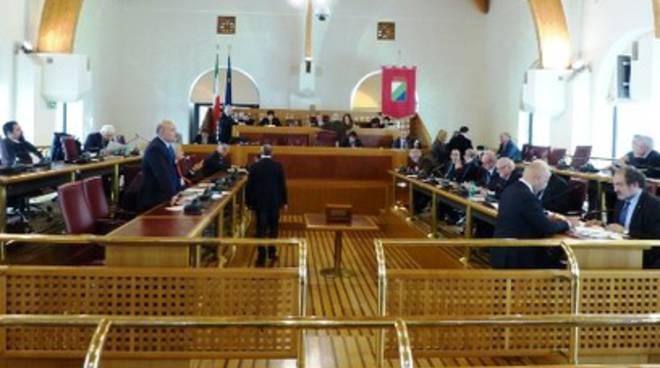 Regione Abruzzo, oltre 3 mila leggi in 40 anni