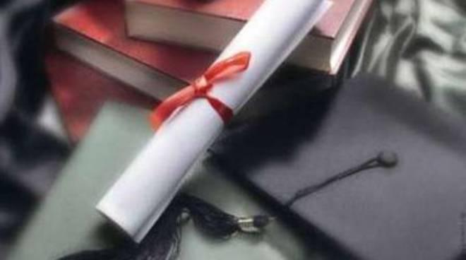 Adsu, borse di studio e residenzialità