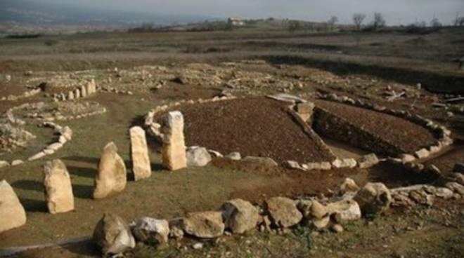 Fossa, ad agosto Necropoli aperta tutti i giorni