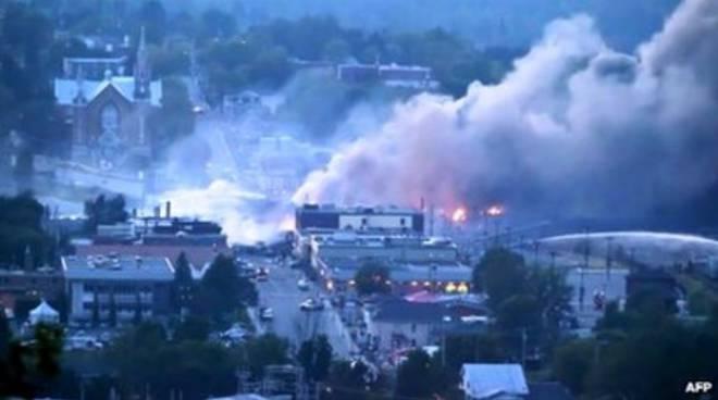 Inferno ferroviario in Canada