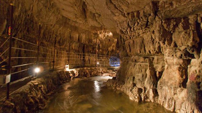 Biglietto unico con le Grotte di Stiffe
