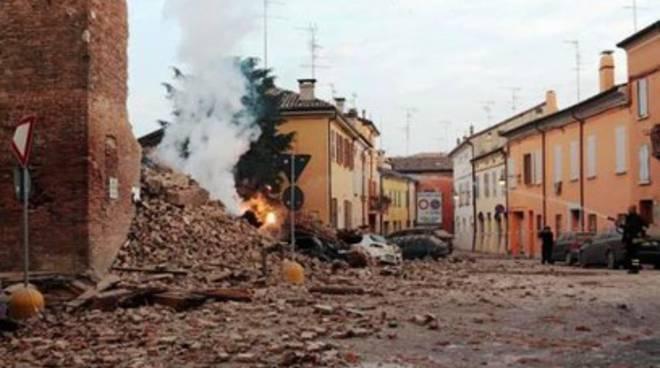 Terremoti, ponte di solidarietà tra Emilia e L'Aquila