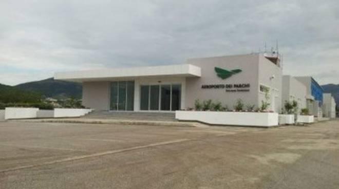 Aeroporto Parchi, apertura a rischio