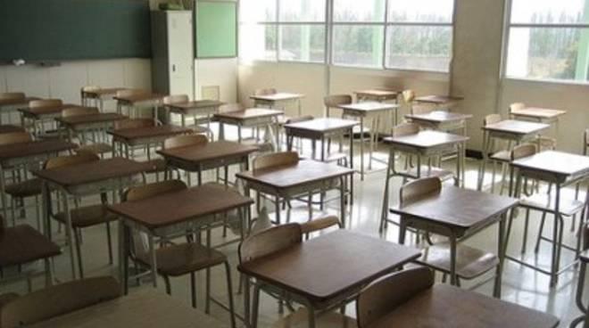 Scuola Carducci, Cialente scrive a ministro su classi affollate