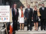 Si stringe l'amicizia tra Anversa e Illiers-Combray