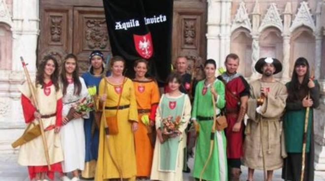 Aquila Invicta, il Medioevo nel sangue