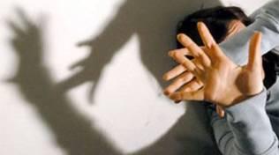 Comune, targa contro femminicidio
