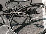 Giornalista in bici investito