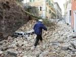 Terremoti: «Vale la pena continuare a vivere a L'Aquila?»