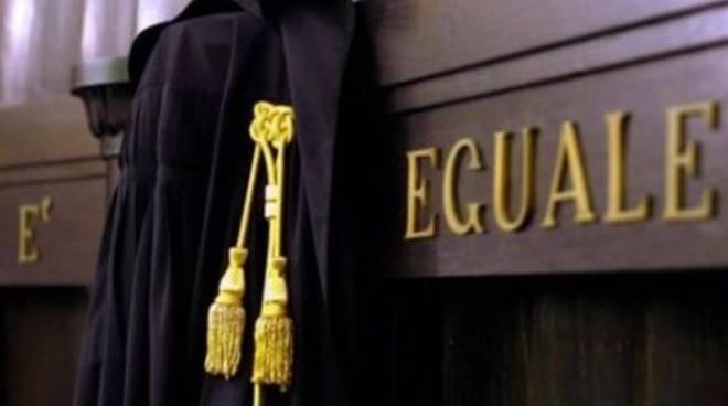 Tribunali, «L'Aquila esclusa da incontro con il ministro»