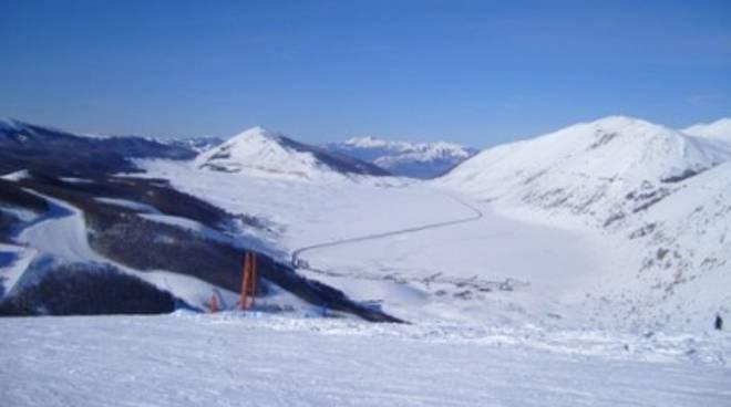 A Campo Felice si inizia a sciare