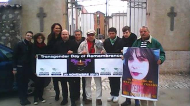 Arcigay d'Abruzzo sotto un'unica stella