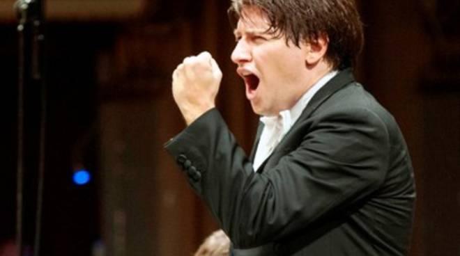 L'Orchestra della Toscana torna all'Aquila