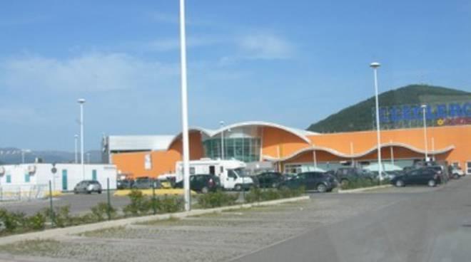 L'Aquila, supermercati nel mirino della polizia